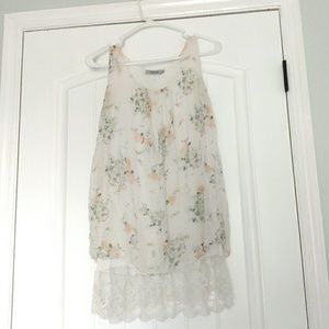 Light Floral Tunic with lace
